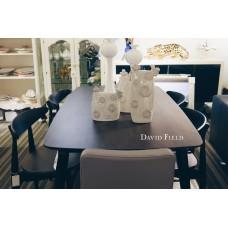 黑原木餐桌椅